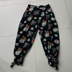 Zara Black Floral Pants Ankle Ties - Large
